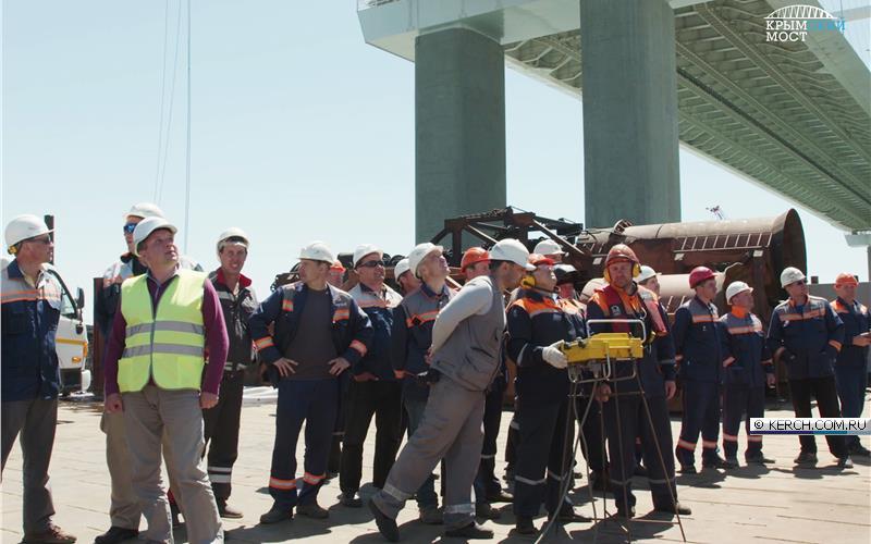 Конец грохоту: погружена последняя свая железнодорожного моста